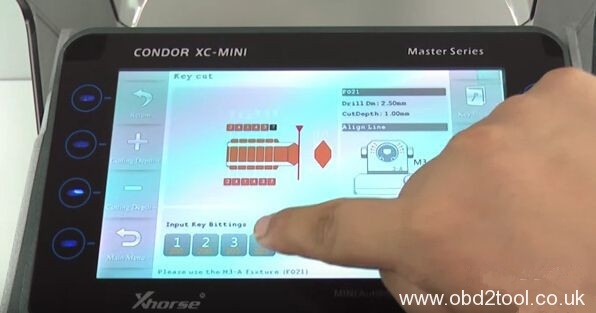 condor-xc-mini-cut-ford-jaguar-f021-key-3
