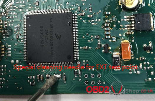 how-to-clean-the-yanhua-acdp-jlr-kvm-module-test-points-04