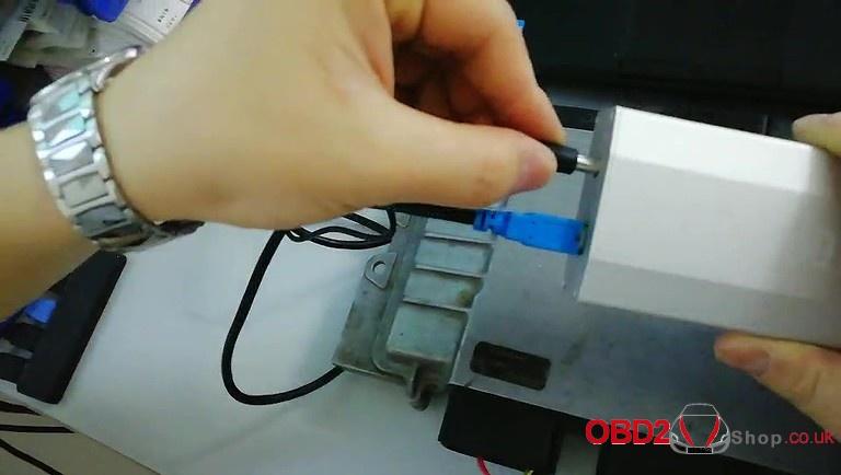 bmw-dme-msv90-ecu-programming-with-cg at-200-03 – OBD2shop co uk