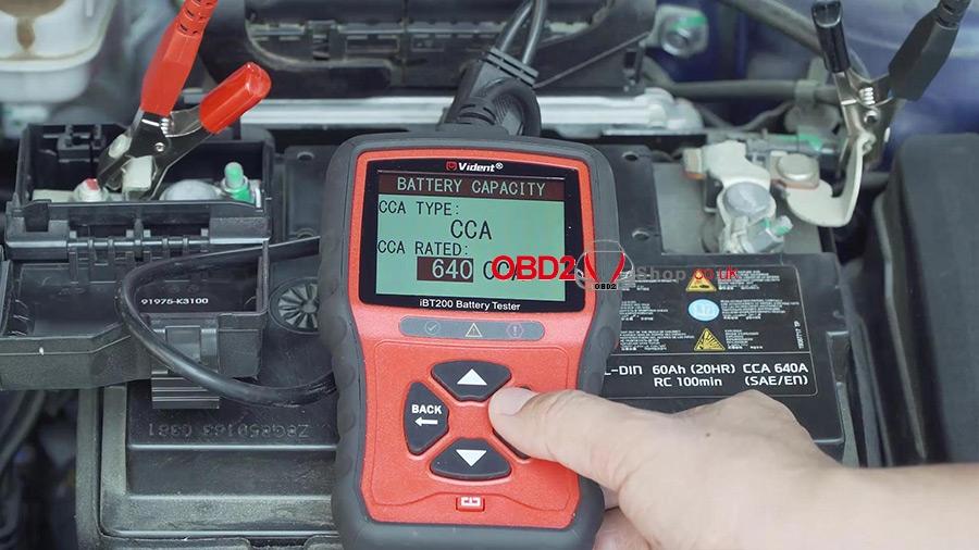 use-vident-ibt200-9v-36v-battery-tester-08
