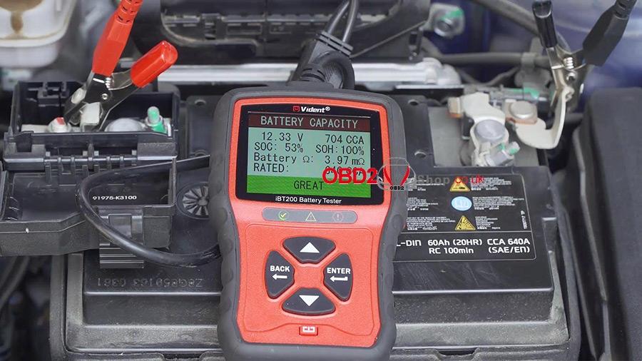 use-vident-ibt200-9v-36v-battery-tester-09