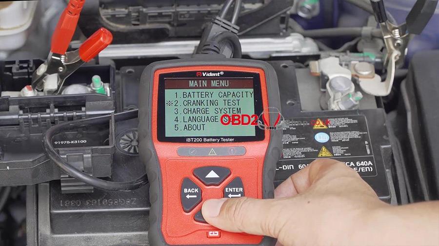 use-vident-ibt200-9v-36v-battery-tester-10