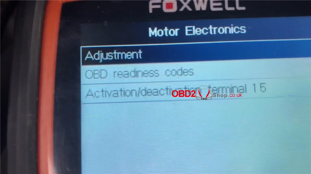 bmw-mini-cooper-adaptation-values-reset-by-foxwell-nt510 (10)