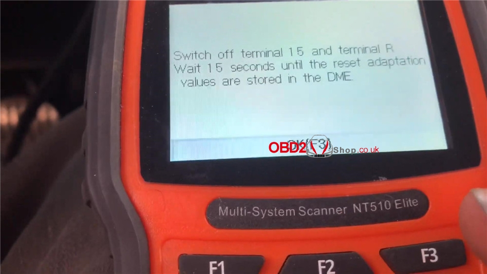 bmw-mini-cooper-adaptation-values-reset-by-foxwell-nt510 (17)