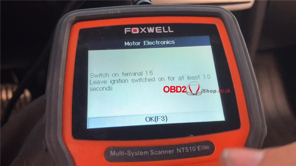 bmw-mini-cooper-adaptation-values-reset-by-foxwell-nt510 (18)