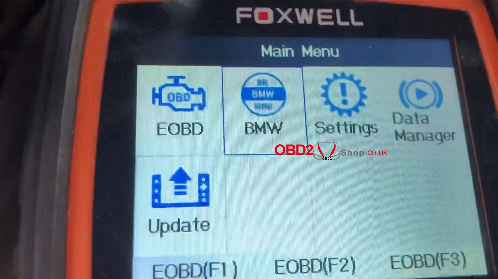 bmw-mini-cooper-adaptation-values-reset-by-foxwell-nt510 (2)