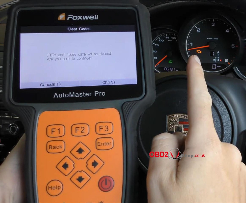 foxwell-nt680-pro-reset-porsche-check-engine-light (14)