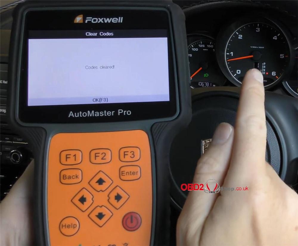foxwell-nt680-pro-reset-porsche-check-engine-light (15)