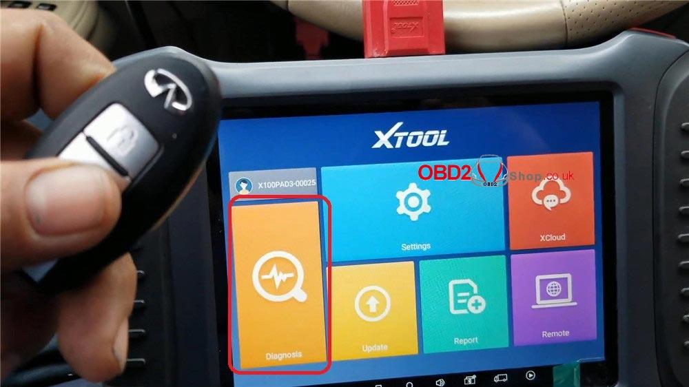 infiniti-m45-program-a-key-via-xtool-x100-pad3-in-4-mins-(1)