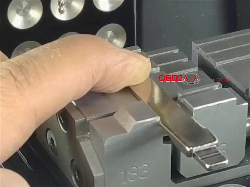 2m2-magic-tank-cut-a-hu66-key-for-vw-audi (11)