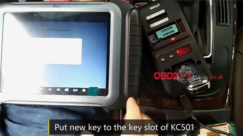 add-audi-2014-a4l-dealer-key-by-xtool-x100-pad3-kc501 (13)