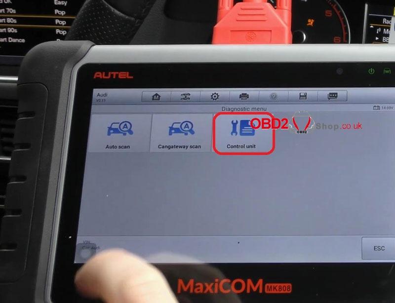 audi-srs-airbag-light-reset-via-autel-maxicom-mk808 (4)