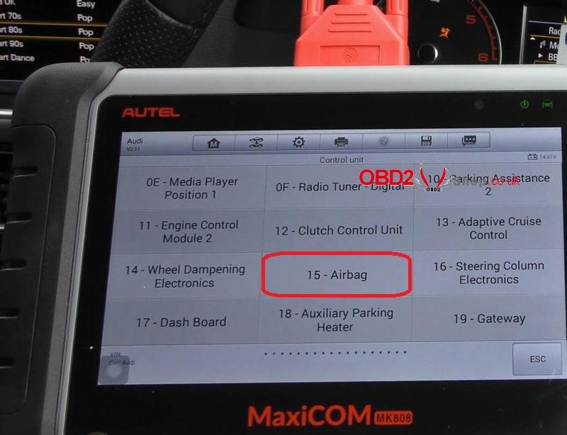 audi-srs-airbag-light-reset-via-autel-maxicom-mk808 (5)
