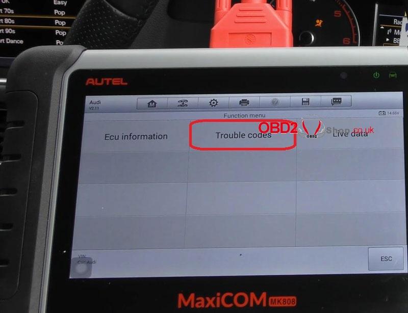 audi-srs-airbag-light-reset-via-autel-maxicom-mk808 (6)