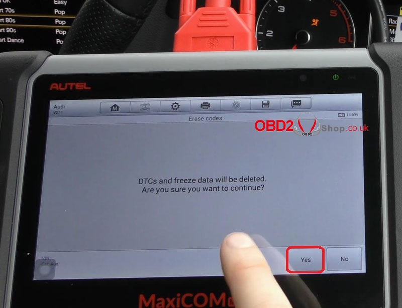 audi-srs-airbag-light-reset-via-autel-maxicom-mk808 (9)