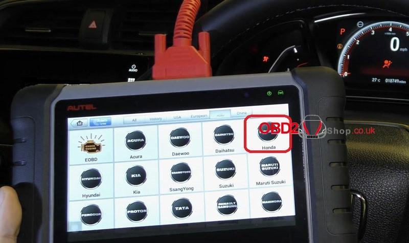 honda-civic-airbag-warning-light-reset-by-autel-mk808 (2)