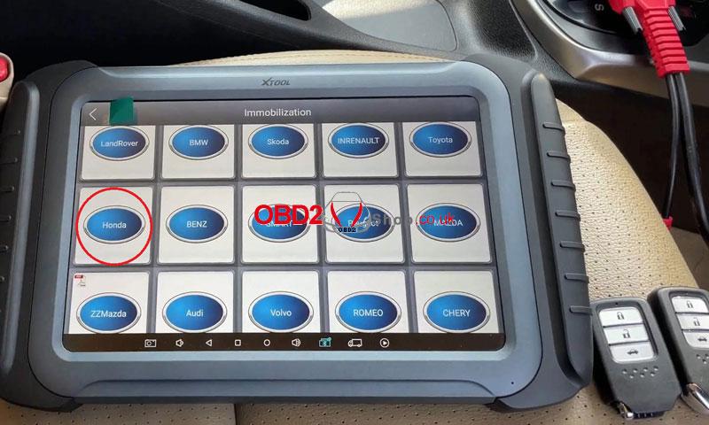 add-a-smart-key-for-honda-city-via-xtool-x100-pad3-(3)