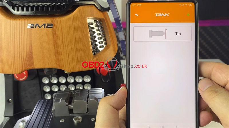 duplicate-universal-flat-key-by-2m2-magic-tank-(3)