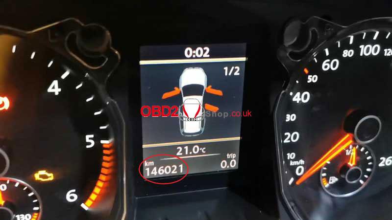 vw-passat-b6-b7-cc-mileage-adjustment-via-obdstar-x300m-(1)